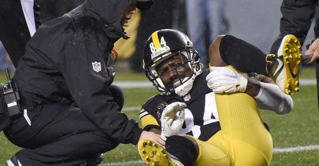 Steelers' Brown leaves with calf injury, taken to hospital