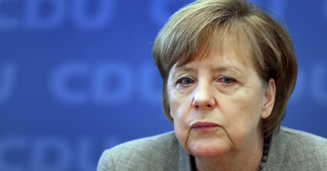 Merkel focused on grand coalition with Social Democrats