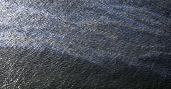 Oil and gas plumes found at site of 13-year-old leak in Gulf