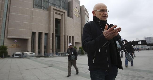 German journalist freed from jail in Turkey pending trial