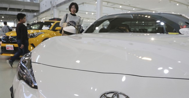Toyota planning 10 purely electric vehicles by 2020s