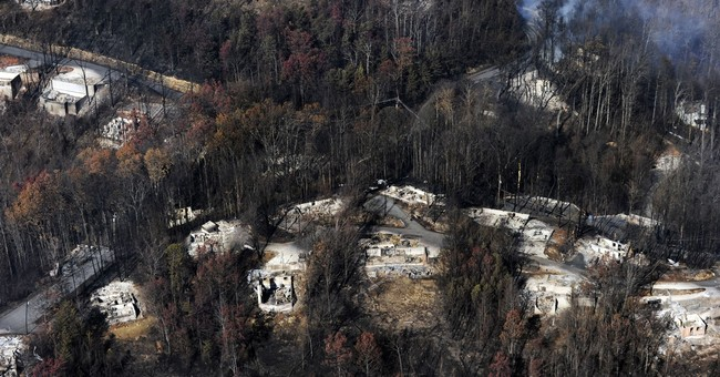 Report: Inadequate warning by park officials in Smokies fire