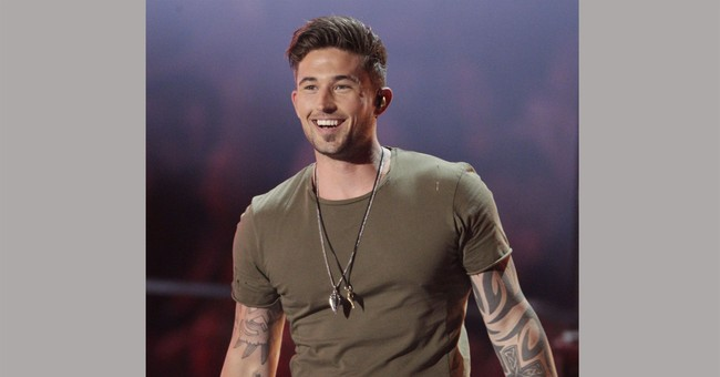 Michael Ray charged with DUI; hit car at McDonald's