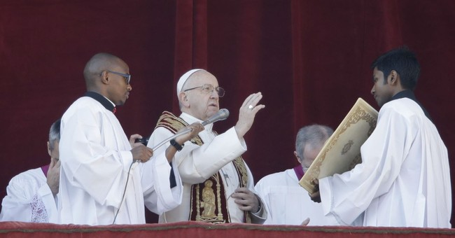 Text of Pope Francis' traditional Christmas day message