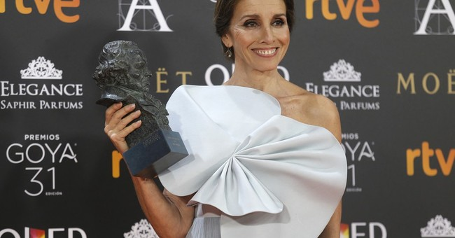 """Arevalo's """"The Fury of a Patient Man"""" wins Goya best picture"""