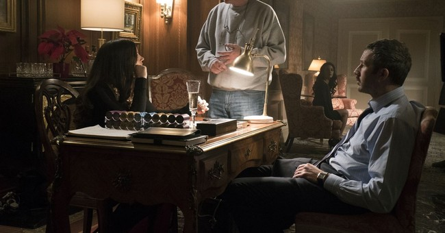 Review: 'Molly's Game' makes for an enjoyable tumble