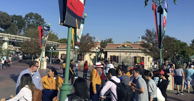 Power restored at Disneyland after guests taken off rides
