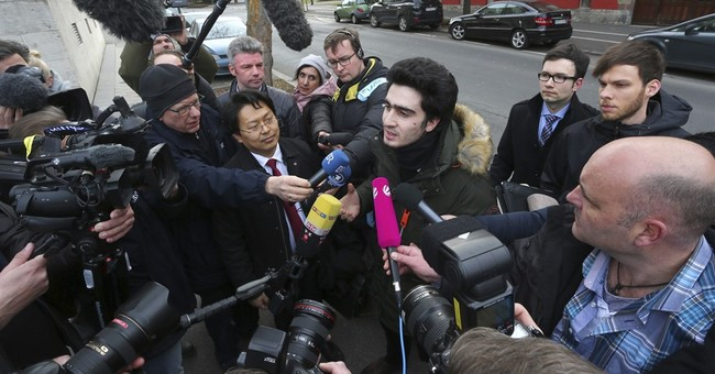 German court delays ruling in refugee's Facebook lawsuit