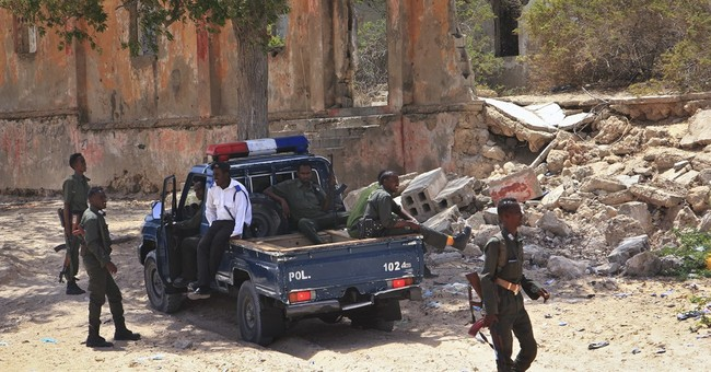 2 mortar rounds hit near voting site day before Somalia vote