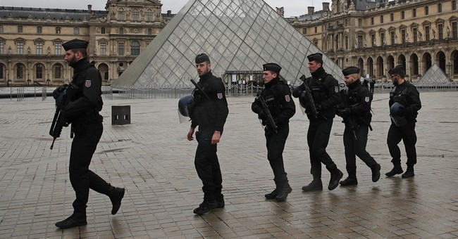 Condition of hospitalized suspect in Louvre attack worsens