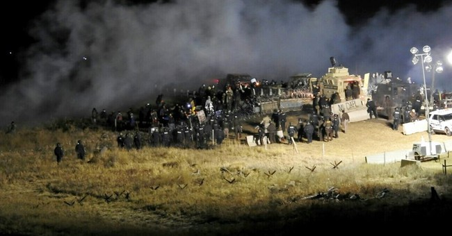 Judge says Dakota pipeline protest suit unlikely to succeed