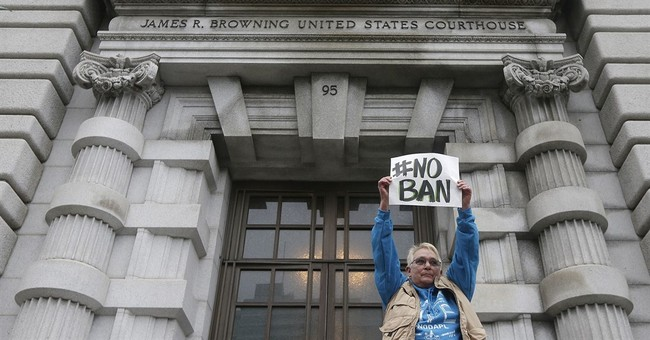 Huge numbers tune in to listen to court on Trump travel ban