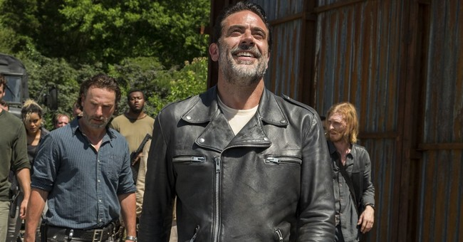 Jeffrey Dean Morgan beats all as 'Walking Dead' baddie