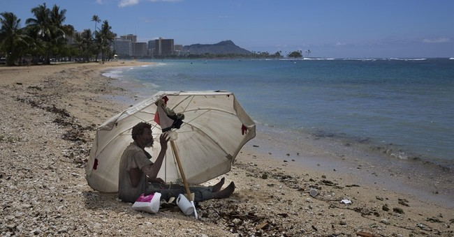 "Hawaii considers ""safe zones"" for homeless encampments"