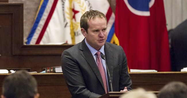 Audit: Improper spending by lawmaker ousted over sex scandal