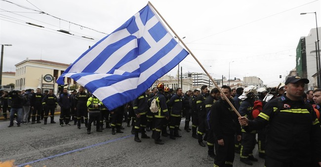 Greece, creditors narrow their differences in bailout talks