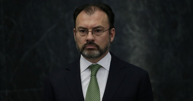 Mexico: neither submission nor confrontation with US