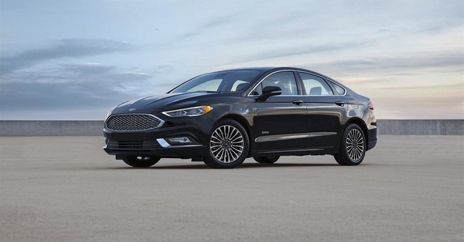 Ford Fusion Energi is more fuel-efficient, cheaper for 2017