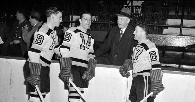 Hockey hall of famer Milt Schmidt, 1951 NHL MVP, dies at 98