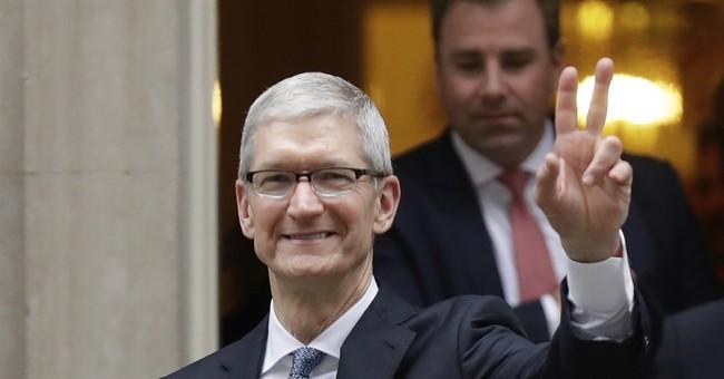 Apple's Tim Cook: Fake news is 'killing people's minds'