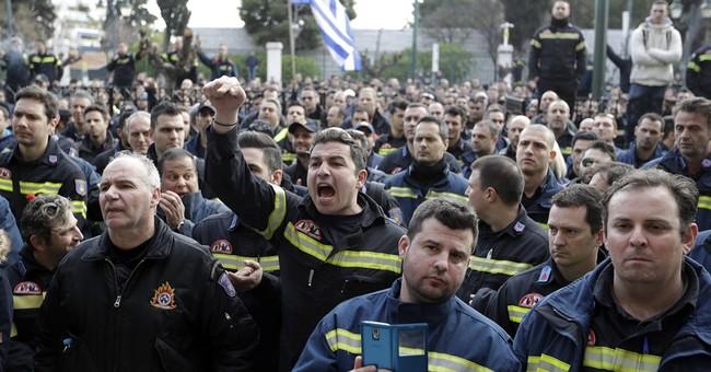 Amid global uncertainty, Greek worries stalk markets _ again