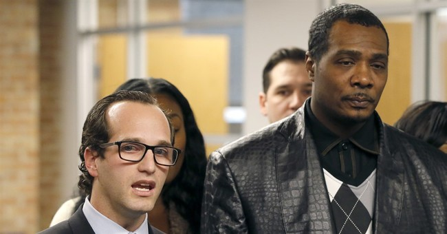 Pardoned Chicago man says he felt abandoned by Pence