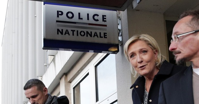 French far-right candidate Le Pen opposes dual citizenship