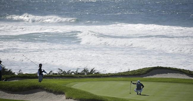 Jordan Spieth builds a big lead at Pebble Beach