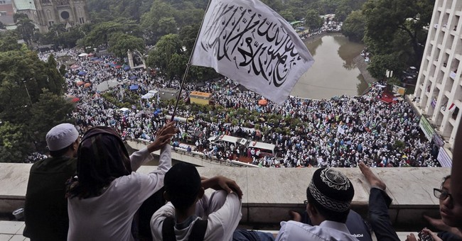 Indonesians at mass prayers urged to vote for Muslims