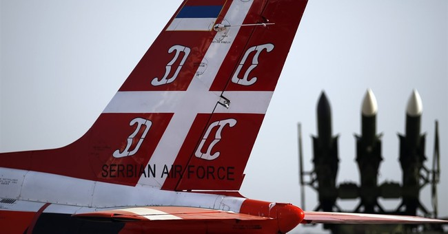 Defense minister says Serbia will get Russian fighter jets