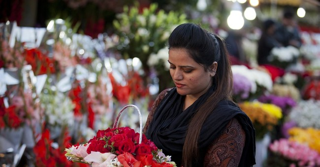 Pakistan court bans Valentine's Day in capital