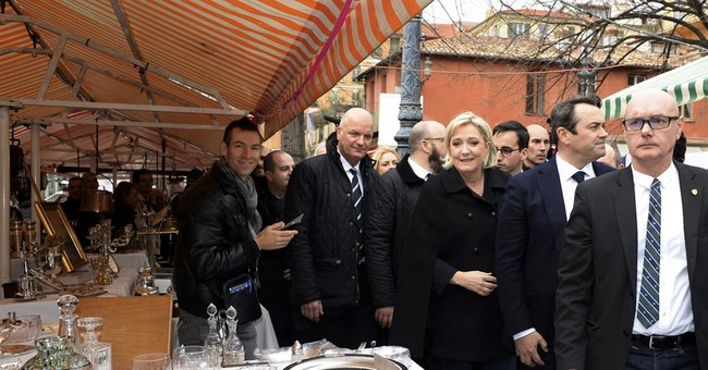French candidate Macron visits Algeria, sees cyberattacks