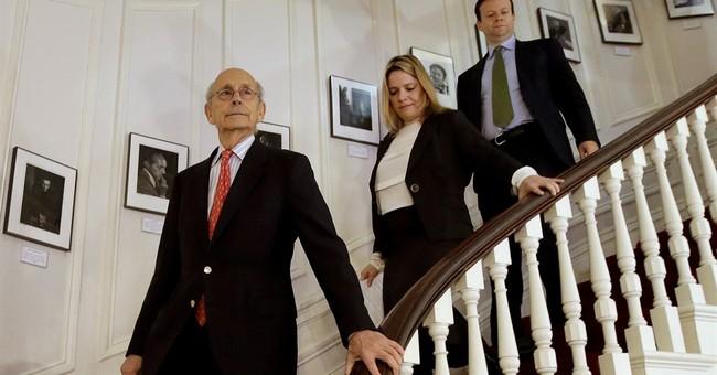 Supreme Court Justice Breyer talks art _ in French