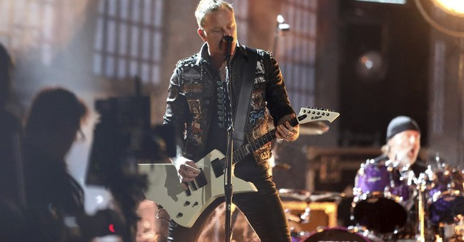 Enter soundman: Mics fixed, Metallica heads out on tour
