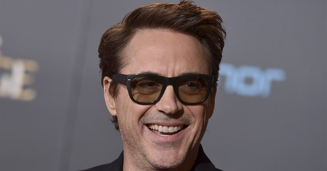 Downey Jr., Linklater to make film based on podcast