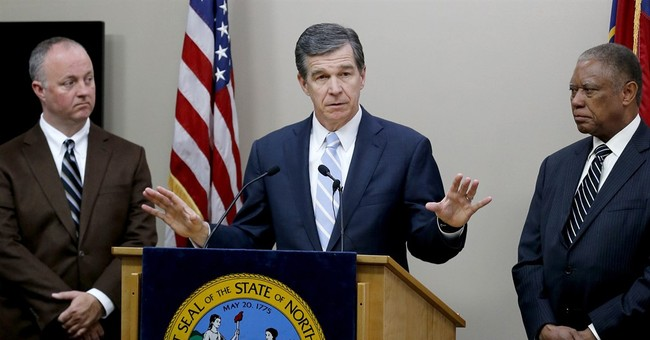N. Carolina governor offers 'compromise' repealing LGBT law