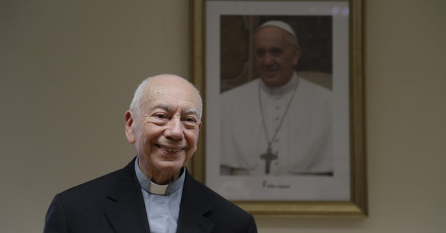 Conservative criticism of pope sparks rally of support