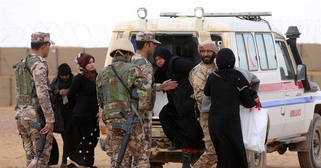 Jordan commander: IS expands hold in border camp for Syrians