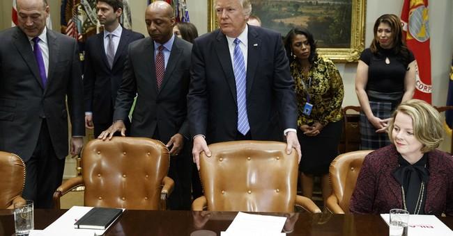 Trump tells retail CEOs people will 'love' his tax plan
