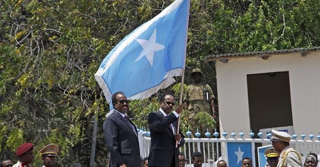 2 dead as al-Shabab claims mortar attack near Somalia palace
