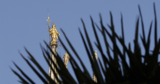 Milano Vice? Palm trees near Milan's cathedral spark debate