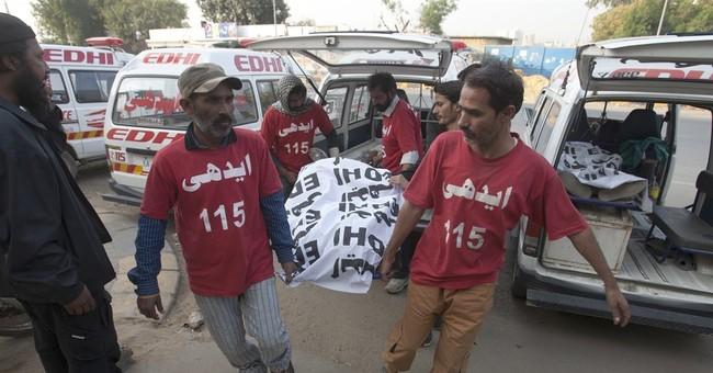Pakistan cracks down on militants after IS shrine attack