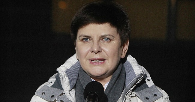 Poland's PM Szydlo leaves hospital a week after car crash
