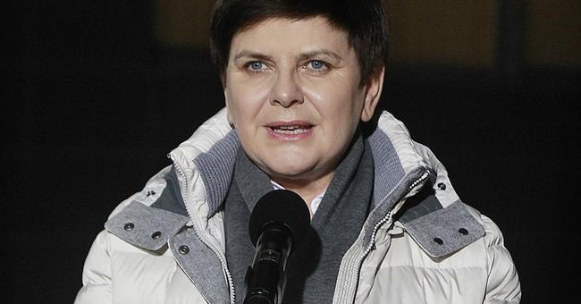 Poland's PM Szydlo leaves hospital a week after car crash