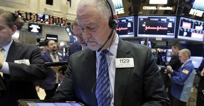 Stocks inch to new records; S&P 500 up 4 straight weeks