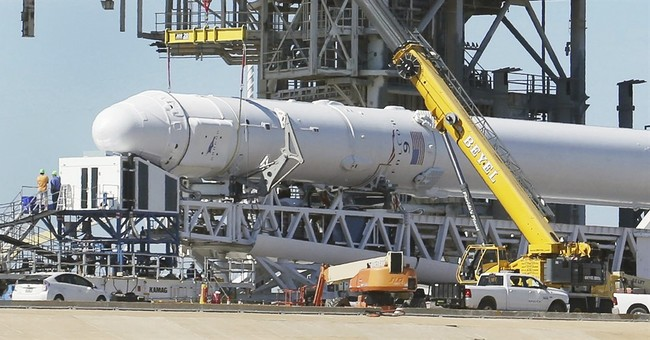 The Latest: SpaceX cancels rocket launch from NASA moon pad