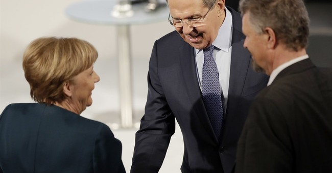 """Russia seeks pragmatic US ties and """"post-West"""" world order"""