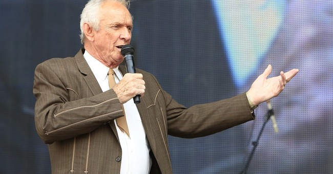 Country star Mel Tillis recovering from digestive disease