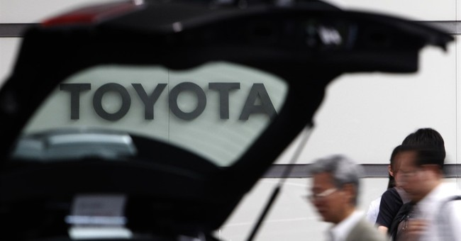 Toyota stock dips after Trump tweet on planned Mexico plant