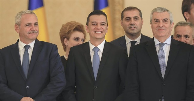 Romania official seeks to overturn anti-corruption law
